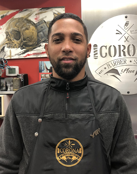 Corona Barbershop Plus Barber: Christian